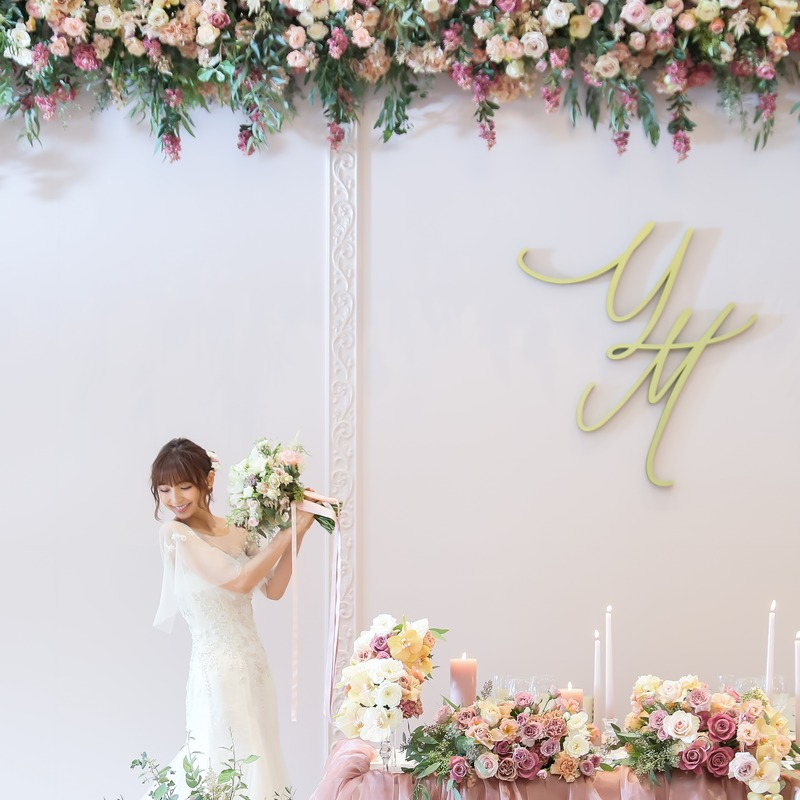 タレント篠田麻里子様のウェディングパーティーをプロデュースいたしました