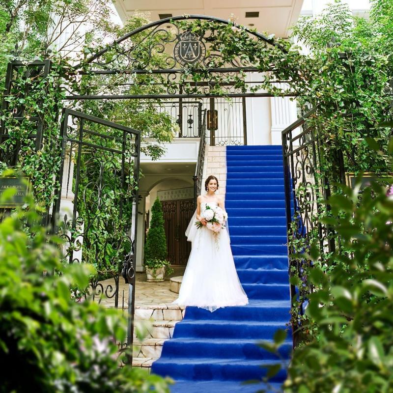 【祝☆20周年記念】邸宅貸切W◇クラシカルな本格チャペル×憧れの大階段