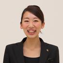 アクアガーデン迎賓館(沼津)のウェディングプランナーの丸井綾子