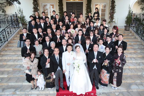 結婚式 結婚式 6月 服装  大切な親族や友人、たくさんの