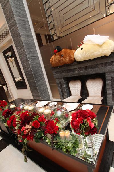 テーブル装花☆赤がテーマカラーだったので想像以上に大満足!!