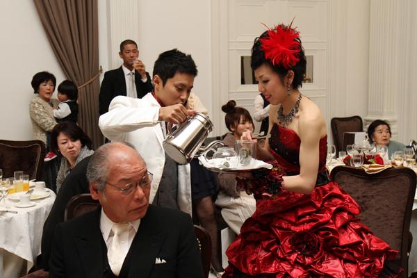幸茶(紅茶)サーブ☆お湯で花が咲く中国茶!