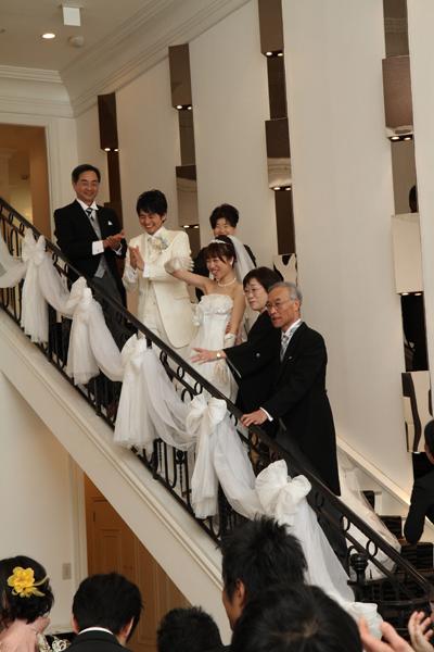 名古屋ならではの大階段でのお菓子まき!!!