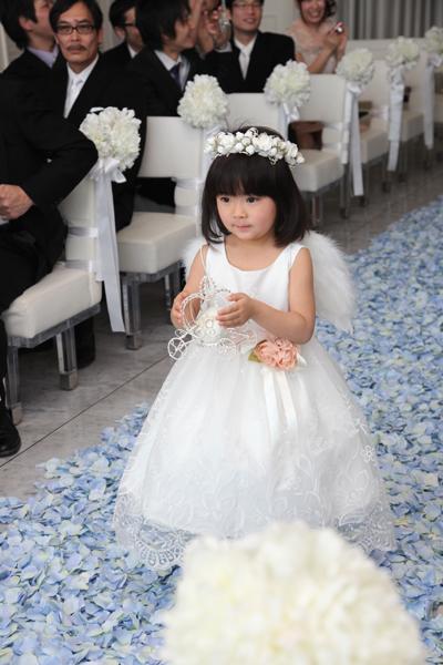 子どもの結婚式の服装。フラワーガール・リングガールの\u2026