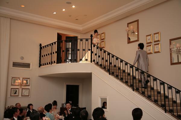 憧れの大階段でお迎えに来てもらいました!