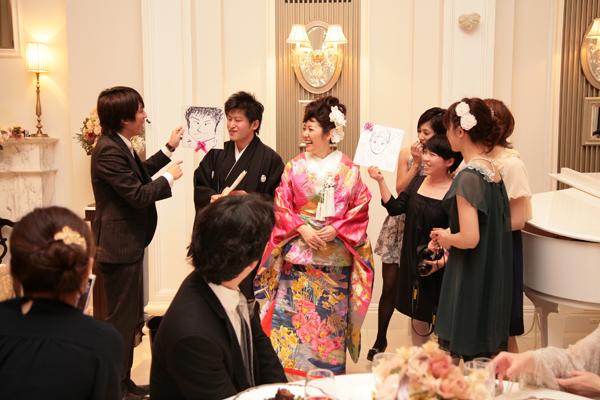 テーブル対抗似顔絵ゲーム!!ゲストが盛り上がり大好評でした!