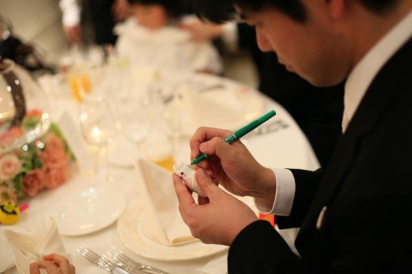 ゲストに名前をもらったマトリョーシカ、テーブルによっては!???