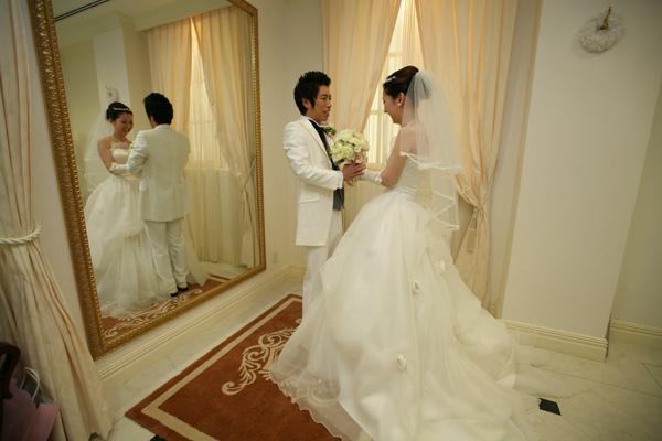 結婚式直前!!ドキドキの2人です。