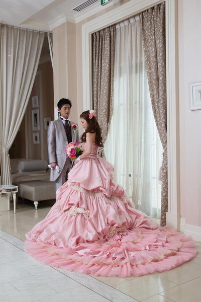 一目惚れしたピンクのドレス。