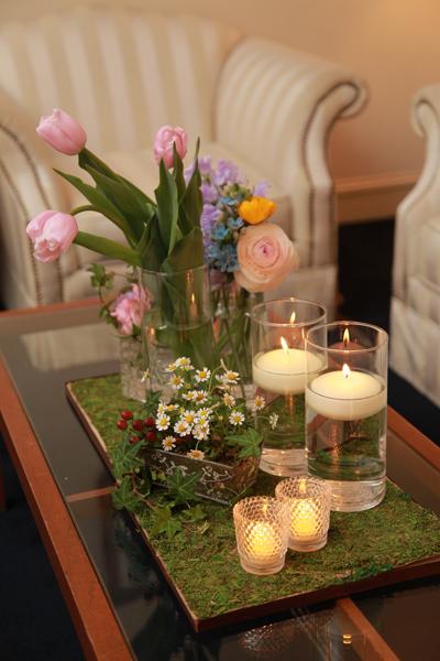 装花のテーマは「パリのお花屋さん」。ロビーも可愛く飾っていただきました。