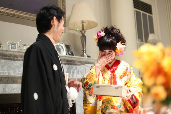 新婦に内緒で未来手紙のサプライズは大成功!プランナーの江島さんにも感謝です。