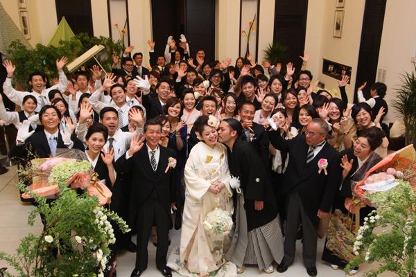 茅ヶ崎迎賓館のスタッフと。最高の思い出をありがとう!結婚式を創り上げる最高のパートナーでした!一生忘れない!!!