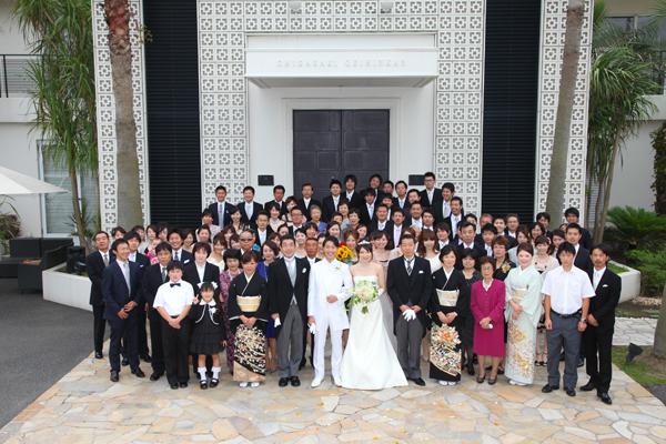 全員での集合写真。素晴しい結婚式でした!!