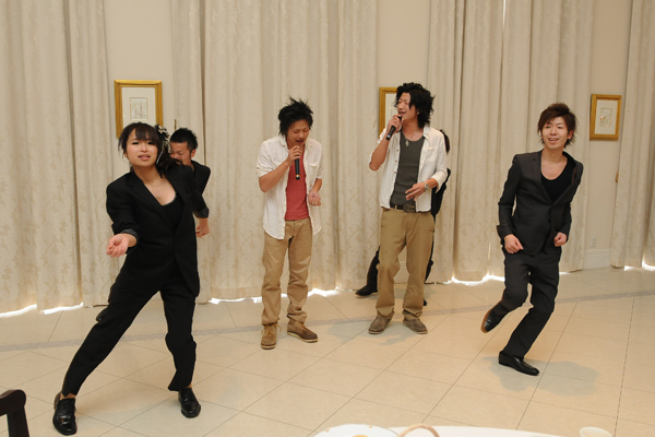 余興のダンスはプロ並みですごくかっこよかったです☆