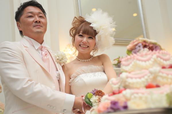 ケーキ入刀!満足なケーキです!!