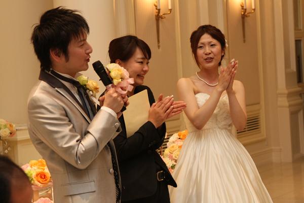 この日は偶然にも担当プランナー中林さんのお誕生日!ゲストみんなでお祝いしちゃうサプライズ