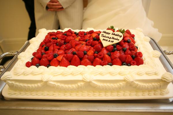 サプライズバイトでのケーキ。