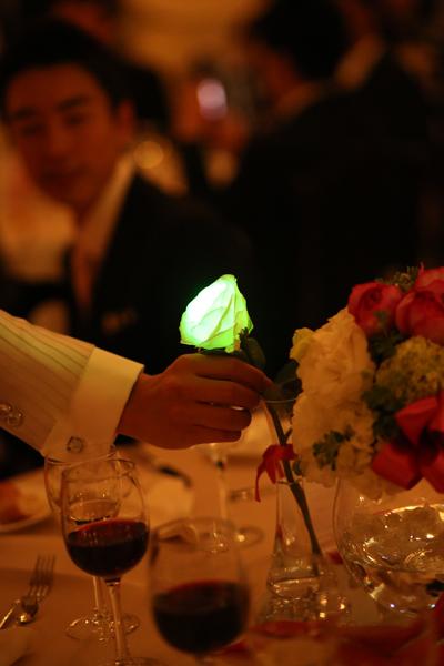 光る花の演出は幻想的でした