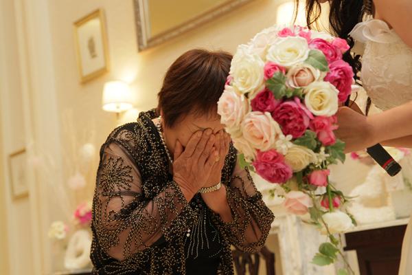 大好きなおばあちゃんとサプライズ退場。おばあちゃんの大号泣に私ももらい泣き。