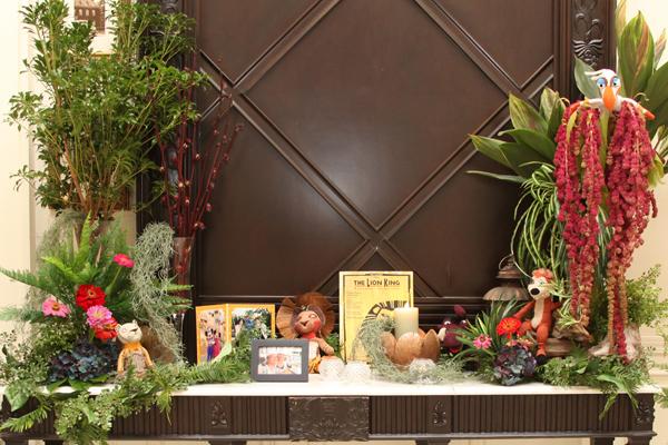 ロビーのお花たち☆ メインテーマ!ライオンキングの世界を見事に表現していただけました。