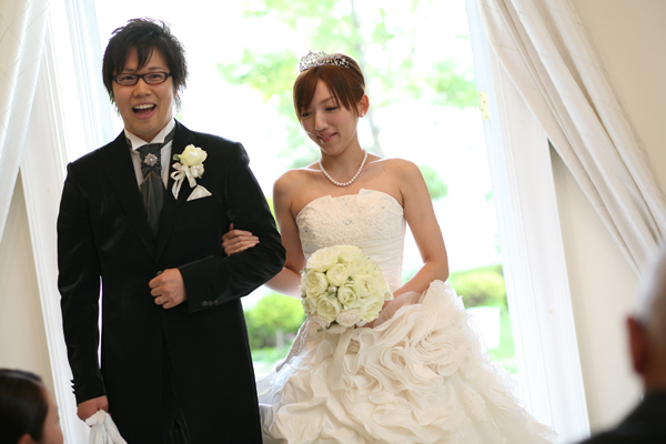 待ちに待った二人の結婚式!式直前は、緊張とワクワクで胸がいっぱいでした!