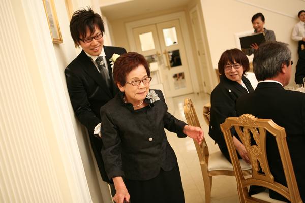 お世話になったおばあちゃんと退場(^0^)いつまでも元気でいてね!