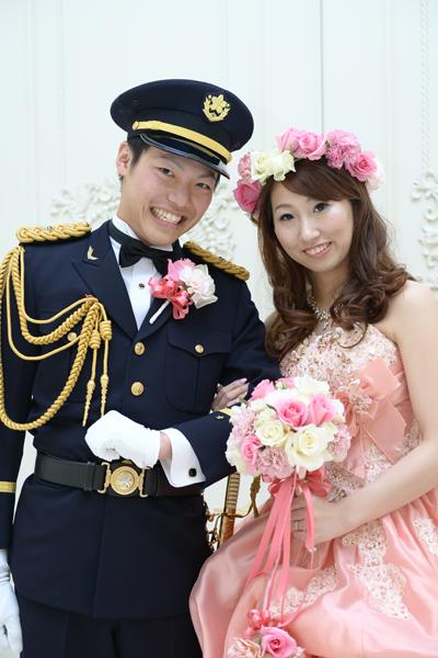 2013年12月7日に思い出に残る結婚式を挙げることが出来ました。