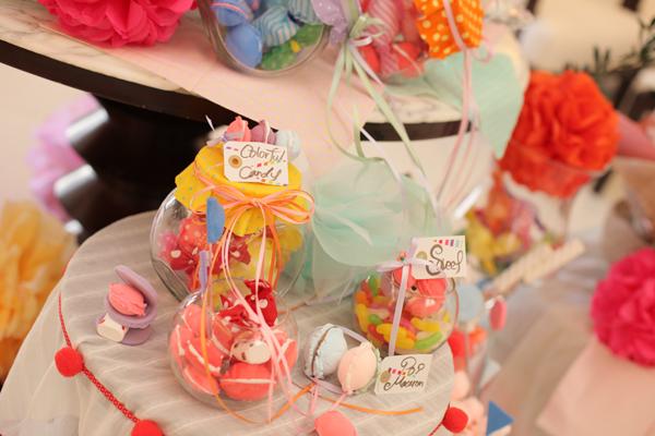 結婚式のイメージはおもちゃ箱とお菓子の家。あまーい装飾・あまーい香りに包まれた一日…
