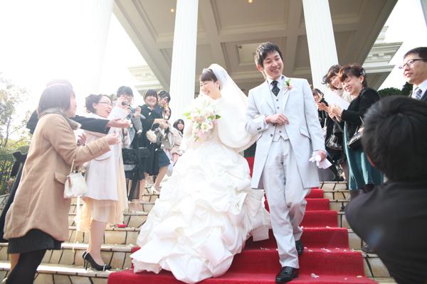 笑顔いっぱいの大階段!幸せな時間でした♪