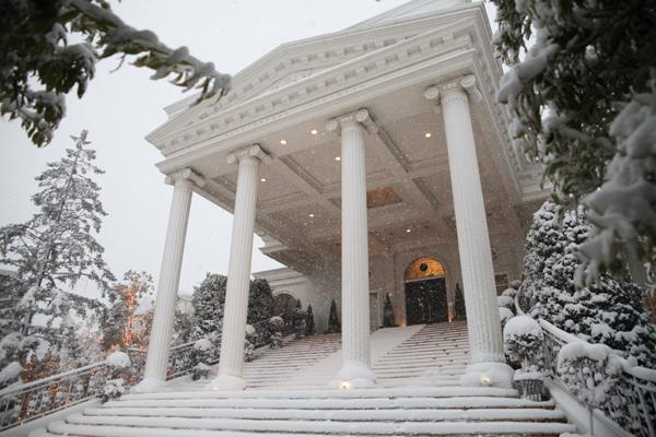 雪降る大階段で一枚!♪