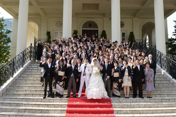 大階段で全員集合!