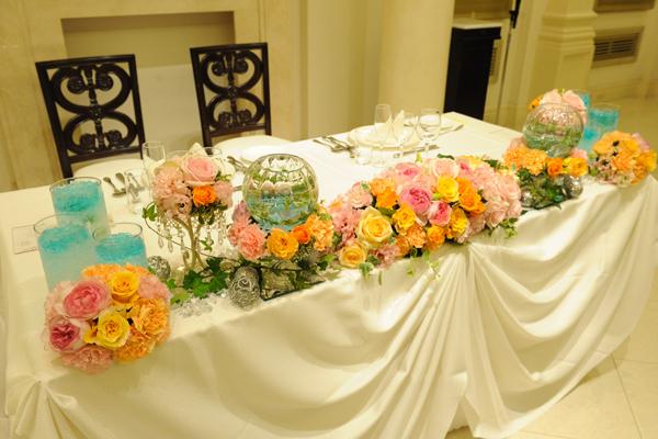 イメージ以上に素敵にしてくれたテーブルのお花。