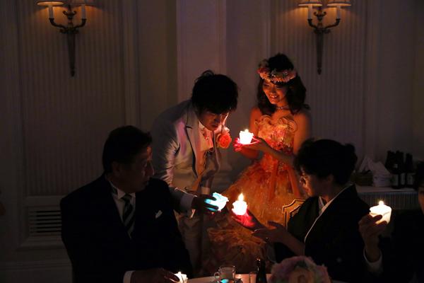 キャンドルリレーは、レインボーカラー☆ロマンチックなリレーでした