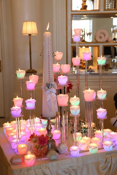 タイムキャンドルにお2人が灯りを灯し、ゲストの皆様に花を咲かせていただきました!