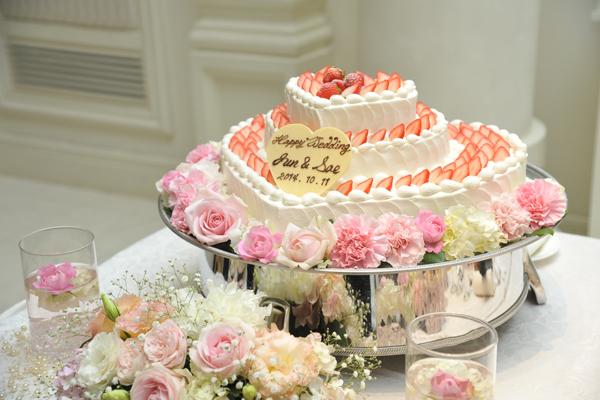 一目惚れで決めたウエディングケーキ