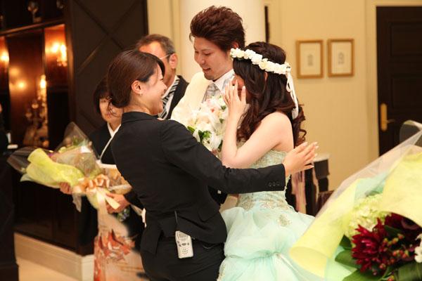 式では泣かなかったけど、終わって小塚さんに会ったら、自然に涙が・・・