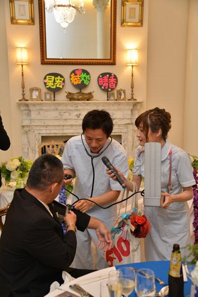 お互い看護師という特徴を活かしたつもりです・・・お色直しと思いきや!!の演出