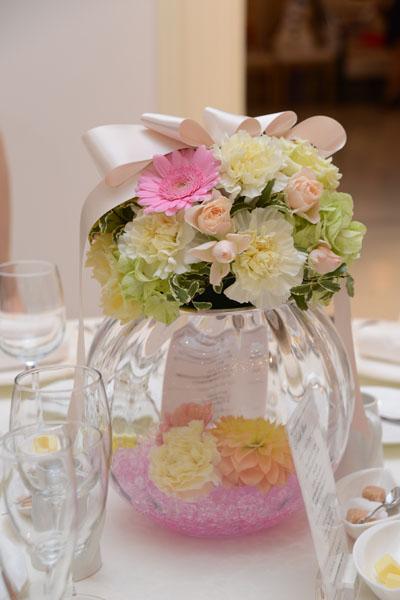 ブーケはもちろん 会場の装花の雰囲気に大満足