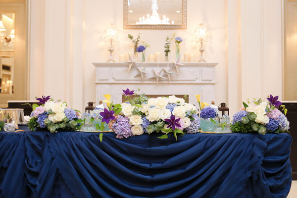 青を基調とした装飾。星の飾りがお気に入り!