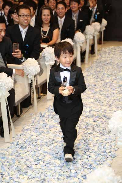 リングボーイの甥っ子くん♪その可愛さにみんなが笑顔になりました。
