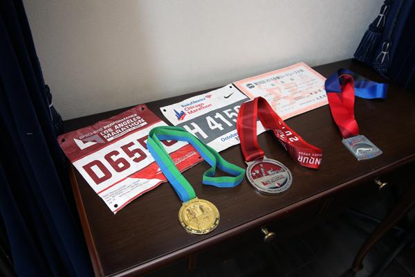 趣味のマラソンでのメダルを飾りました