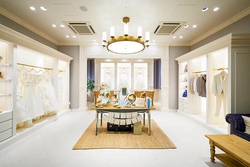 当グループが展開する海外・リゾートウェディングブランド「アールイズ・ウエディング」において、<br /> <br /> 自社ドレスサロン「WITH A WHITE(ウィズ・ア・ホワイト)」を<br /> <br /> 2014年1月4日、福岡と仙台にオープンいたしました。