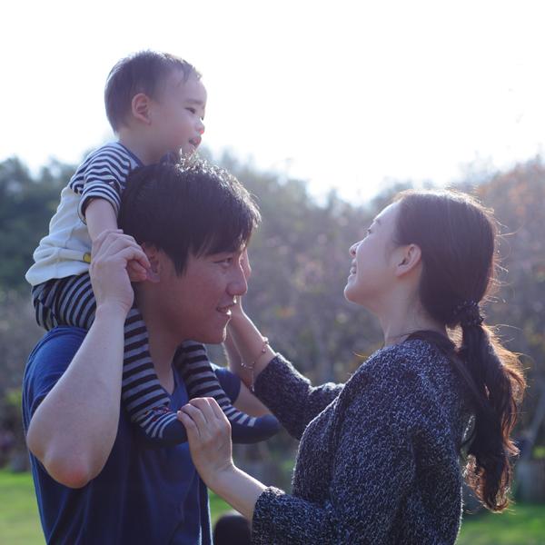 【感動】産みの親とチャペルで再会!新郎の本当の想いとは?